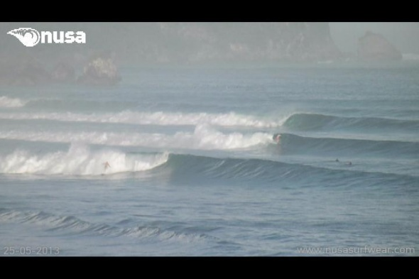 Surf report photo of Bingin